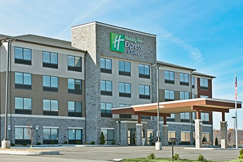 Holiday Inn & Suites Uniontown, PA